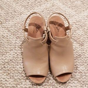 Wedge cork sandal